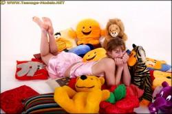http://thumbnails113.imagebam.com/42154/13c98a421530918.jpg