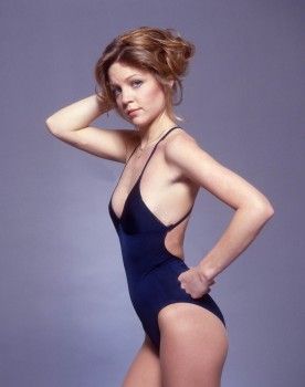 Lisa Hartman: Young & Sexy In Blue One-Piece: UHQ x 1