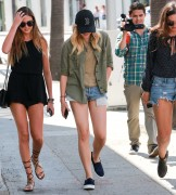 Chloe Moretz | Out & about in Beverly Hills | August 3 | 42 pics
