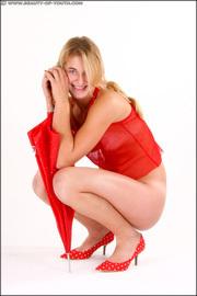 http://thumbnails113.imagebam.com/42897/fd5df0428962804.jpg