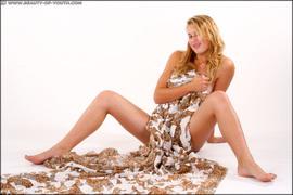 http://thumbnails113.imagebam.com/42916/7cdf3e429155899.jpg