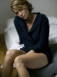 Sonya Walger showing off her gams