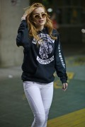 Bella Thorne @ Vancouver international airport=09-29-15 x31