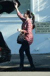 Michelle Trachtenberg Puts Some Outfits in Her Trunk on October 13-2015 x5