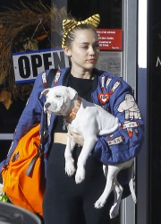 Miley Cyrus - Leaving veterinarian office in LA 11/10/15