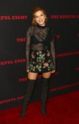 """MEGA POST: Bella Thorne con espectaculares botas en el estreno de """"The Hateful Eight"""" en Los Angeles (7/12/15) 14df15451548598"""