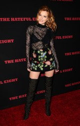 """MEGA POST: Bella Thorne con espectaculares botas en el estreno de """"The Hateful Eight"""" en Los Angeles (7/12/15) 3f9184451548644"""