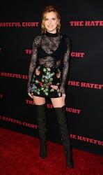 """MEGA POST: Bella Thorne con espectaculares botas en el estreno de """"The Hateful Eight"""" en Los Angeles (7/12/15) 91f7cf451548642"""