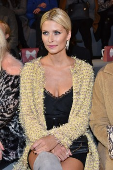 Lena Gercke -  Marc Cain Fashion Show Berlin 19.01.2016 -x7