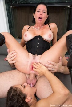 Veronica Avluv, Ziggy Star in Squirt Gasms 3 (Anal) 720p Cover
