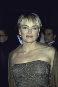 Sharon Stone - amfAR's 'Seasons of Hope' Benefit Gala in New York City 30.11.1999