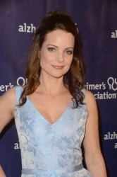 "Kimberly Williams-Paisley at 2016 Alzheimer Association's ""A Night at Sardi's"" 3/9/16"