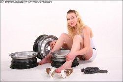 http://thumbnails113.imagebam.com/47373/e24462473723274.jpg